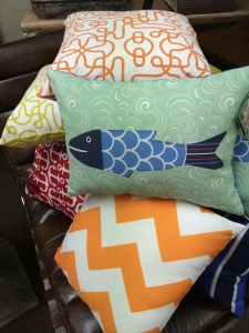 Fresh, outdoor pillows give your outdoor spaces from patios to decks a new look.